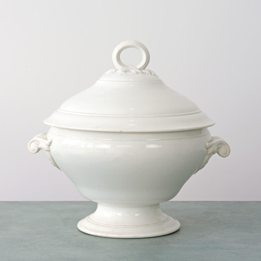 LARGE SARREGUEMINES TUREEN