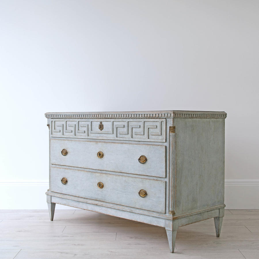 GUSTAVIAN PERIOD CHEST