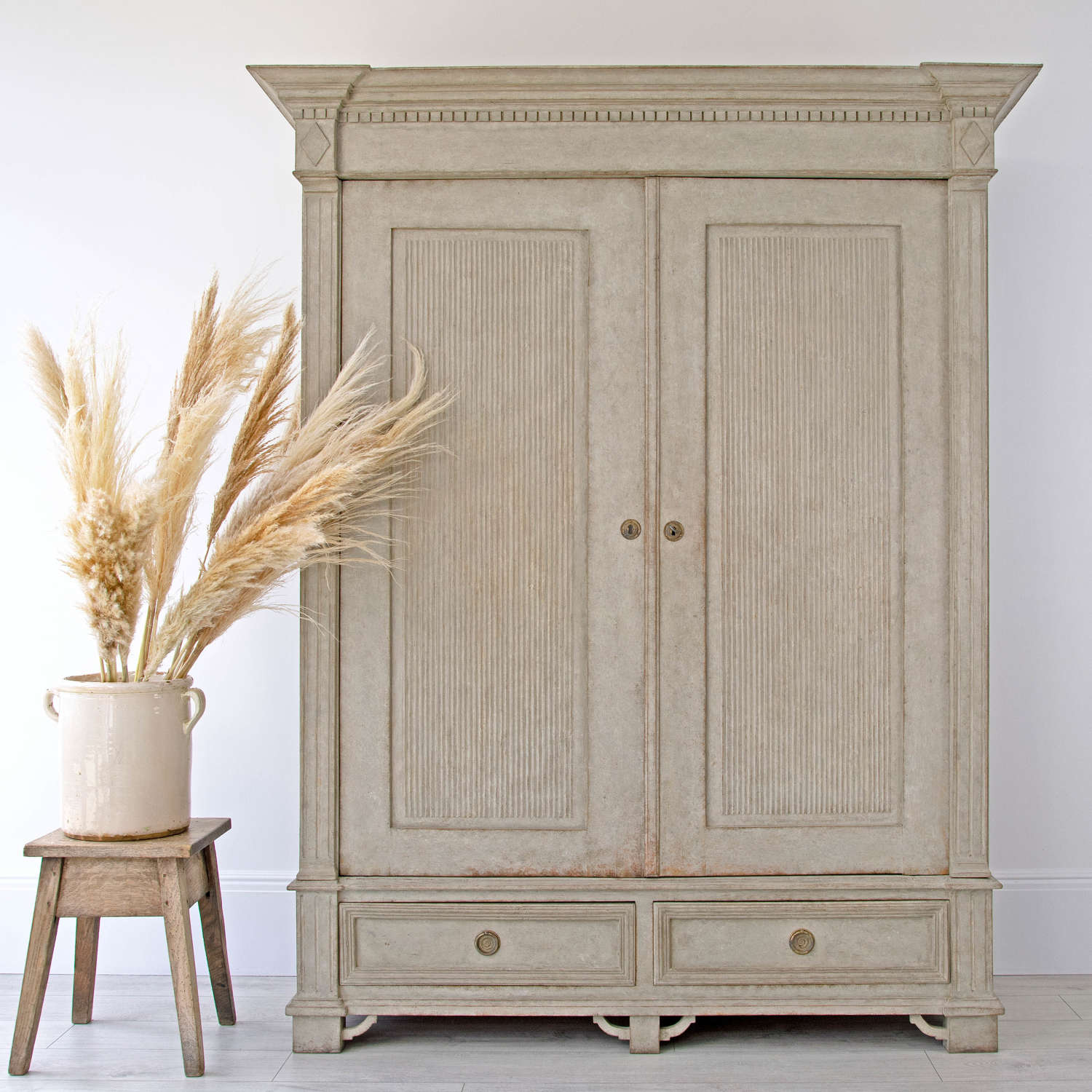 SWEDISH ANTIQUE CUPBOARD