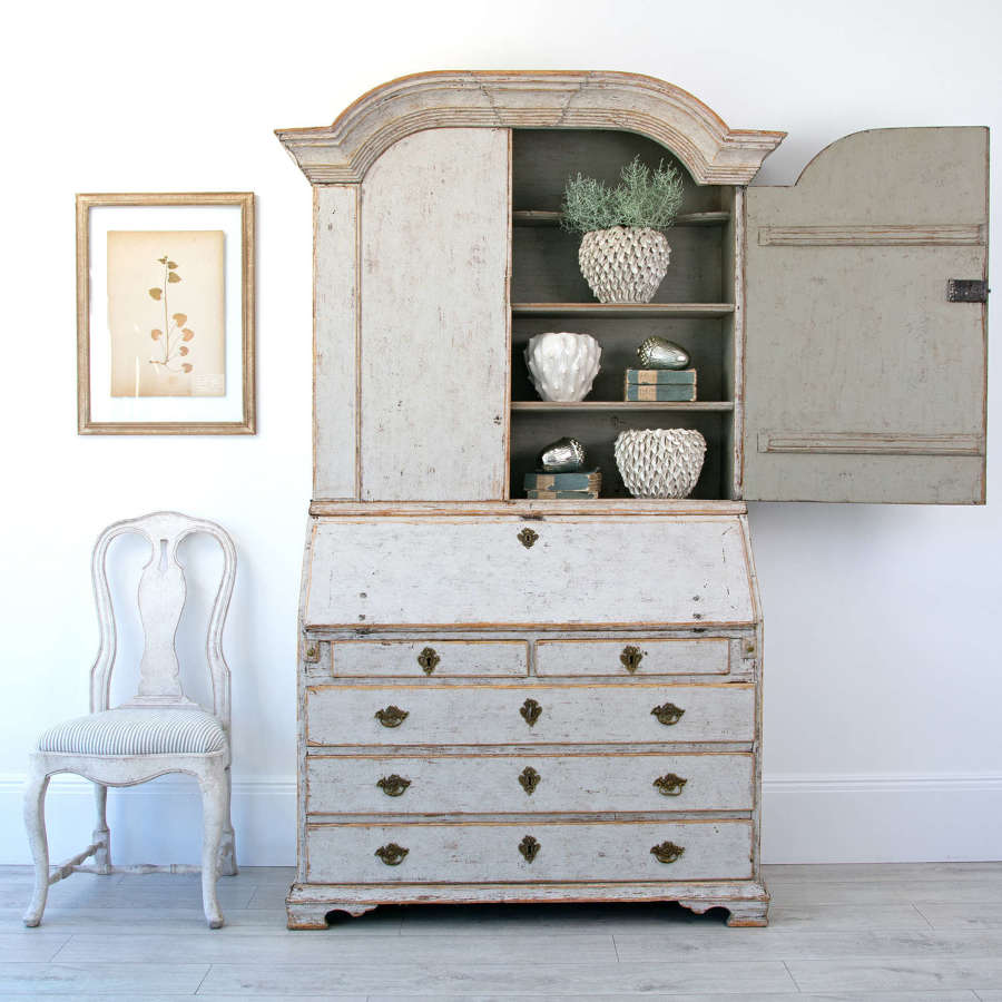 SWEDISH GUSTAVIAN SECRETAIRE