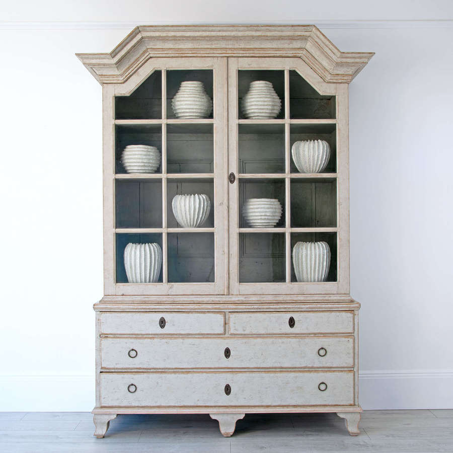SWEDISH BAROQUE VITRINE CABINET
